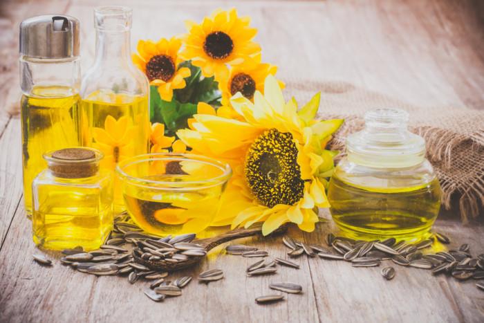 In January-November, Ukraine increased the production of sunflower oil- 24.12.2019